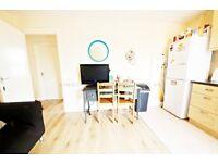 4 double bedroom flat in Colliers Wood