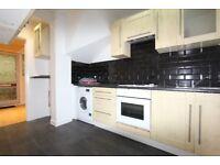Great 2 bedroom garden house located in West Croydon