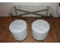 2x POUF HASSOCK AND COFFEE TABLE