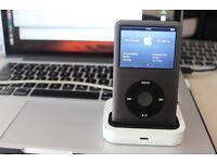 Apple iPod Classic 160GB & free dock!