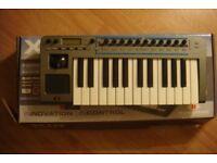 synthesizer amidiudio interface keyboard controller novation