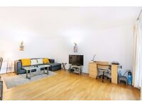 ***IONIAN BUILDINGS, E14 - A STUNNING 2 BED 2 BATH APARTMENT WITH SECURE UNDERGROUND PARKING***