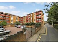 Newly refurbished one bedroom flat with a balcony moments from Bow Road Station LT REF: 4666683