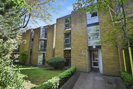 **Newly Refurbished Studio Apartment in Chiswick-Book a Vieiwng Today**