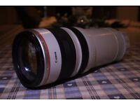 Canon EF 28-300MM zoom lens