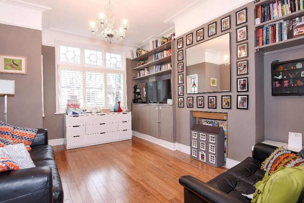 Stunning Four Double Bedroom House, Brudenell Road, Tooting Bec SW17, £3200 Per Month