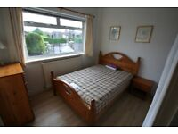Double Lodger Rooms in Causewayhead House near to University Suit Mature Student/Professional