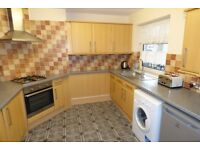 Stunning Single Room / Bow Area, 2 Mins Walk to DLR / All Bills Inc / Available 24th September !!!