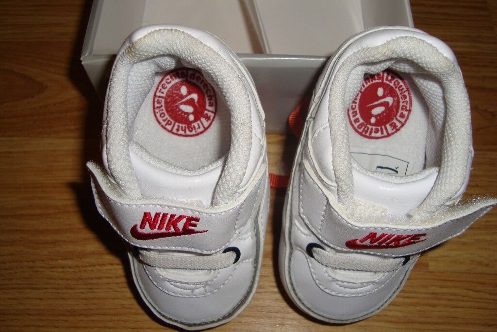 2569081b0 BABY NIKE TRAINER SHOES BRAND NEW IN BOX