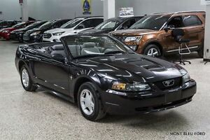 2000 Ford Mustang CLEAN CARPROOF, LOW KM !!!