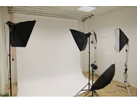Photography Studio for hire in Docklands with 6m Infinity Cove, Lights, Etc - 1 Min from Station
