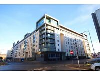 3 Bedroom, 4th floor, fully furnished apartment only minutes walk from Glasgow City Centre.(ref8)