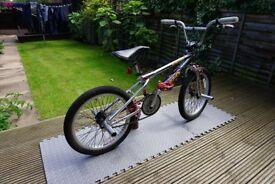 2000 Haro Zippo BMX Bike - Old / Mid School Style - Absolute Survivor - Great Condition