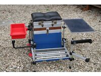 Brilo fishing seat box, with trolley.