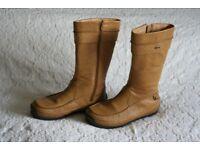Clarks...Gor Tex Ladies Boots...size 6
