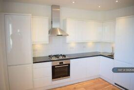 2 bedroom flat in Myrdale Lodge, London, NW2 (2 bed) (#1062649)