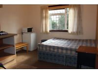 FANTASTIC MODERN STUDIO, LOCATED CLOSE TO OSTERLEY TUBE STATION