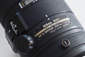 Nikon 300mm 2.8 AF-S Nikkor lens
