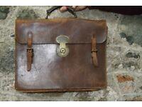 Vintage brown leather Briefcase