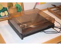 DUAL 506 belt drive turntable