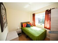 1 bedroom in Delamere Road, Handforth, Wilmslow, SK9 (#847028)
