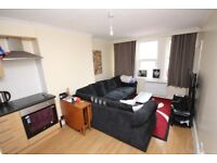 RECENTLY REFURBISHED UNFURNISHED 2 DOUBLE BEDROOM FIRST FLOOR FLAT CLOSE TO BOURNEMOUTH TOWN CENTRE