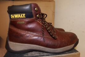 WORKWEAR CLEARANCE BARGAIN PRICES ON USED SAFETY BOOTS AND CLOTHING DEWALT-HYENA-SITE