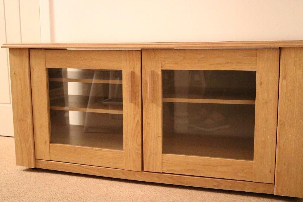 Good Condition Oak Tv Cabinet With Glass Doors In Larkfield Kent