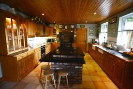 Beautiful Pine Kitchen in excellent condition