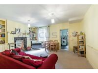 Wonderful spacious one bedroom flat for rent w/ private patio in West Hampstead minutes from Jubilee