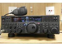 yaesu ft-950 + DVS-6 dvm + 30 amp psu