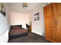 Newly decorated large double bedroom in beautiful Victorian house - Meanwood