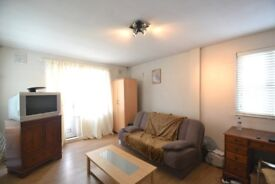 Well located one bedroom flat in Ealing Broadway moments from the station and many amenities