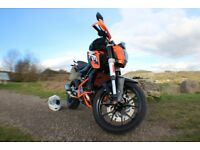KTM Duke 125 2015 | Full svc history, de-cat pipe & loud end can + lots of extras, MINT CONDITION