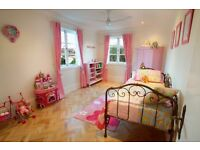 PINK SHABBY CHIC GIRLS BEDROOM 5 PIECES OF FURNITURE - STUNNING!
