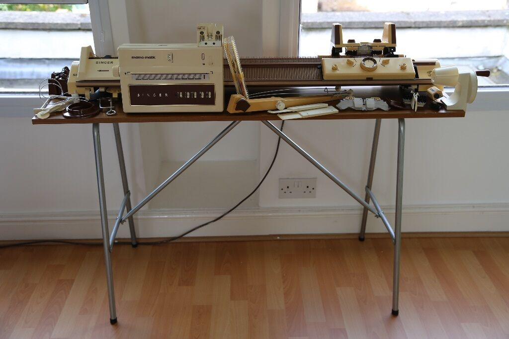 SINGER 2310 DOUBLE BED ELECTRONIC KNITTING MACHINE ...