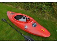 White water kayak - Pyranha Inazone 242