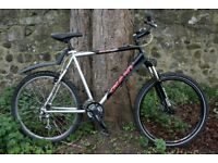 Giant Boulder Mountain Bike 21.5 Inch Fully Serviced Delivery Available