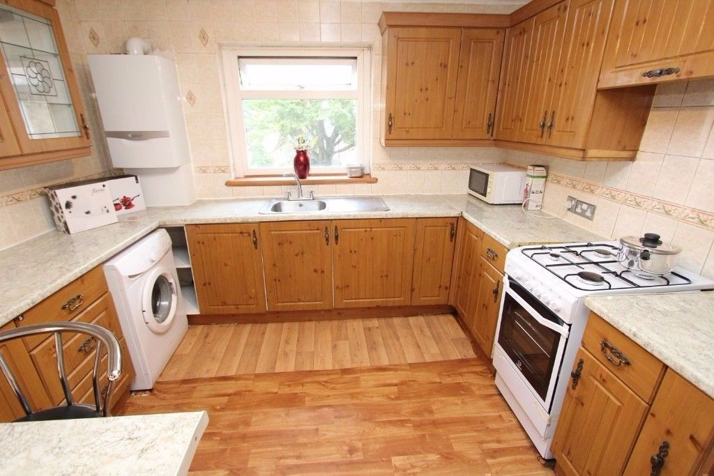 📣 📢📣 📢Look at this DOUBLE ROOM (single use) ALL BILLS INCLUDED in Bow📣 📢📣 📢