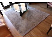 Brand New Rug, Hampton Standard Rug, Show House Contents Sale