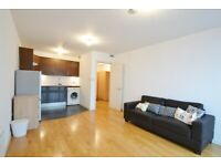 Stunning 1 Bed Flat Available Near To North Greenwich & Maze Hill Station