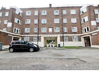 Four double bedroom flat to rent, walking distance to Brixton