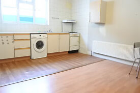 Fantastic 1 bedroom flat located in a quiet mews within walking distance to Turnpike lane tube