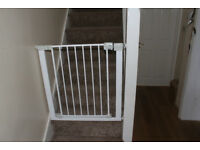 Safety 1st Auto Close Metal Gate, Baby Safety gate White