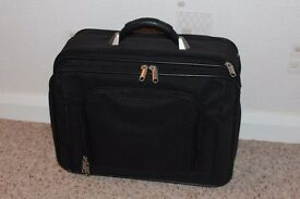 BLACK TWO WHEELED CABIN CASE,