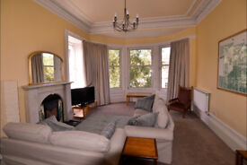 Beautiful bright 4 bedroom in Glasgows West End