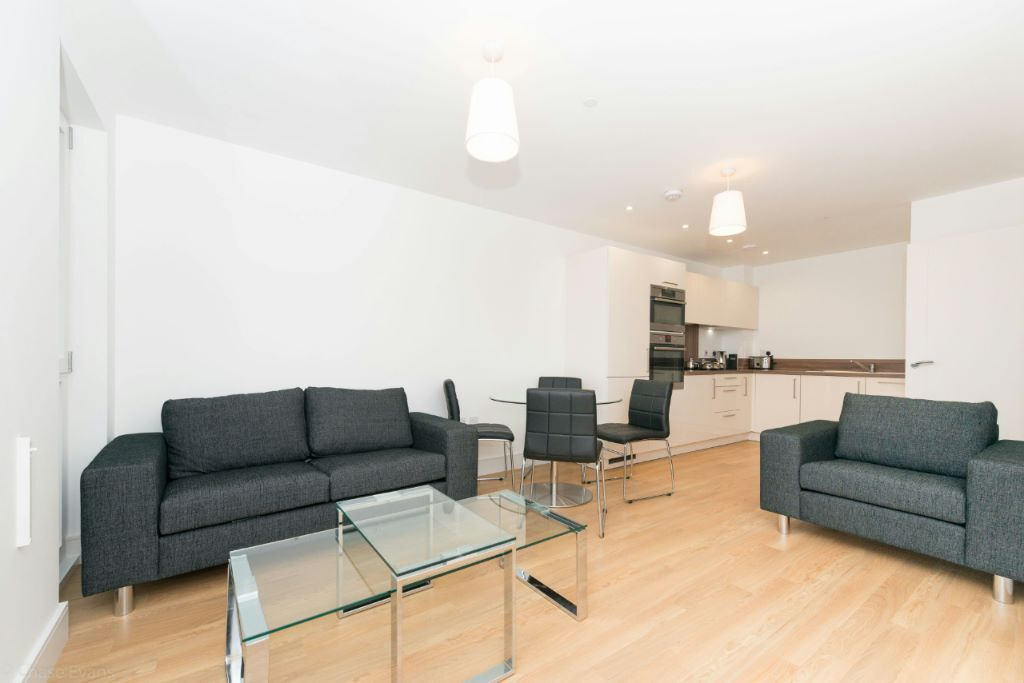 Luxury 1 BED IVY POINT E3 BOW BROMLEY CHURCH DEVONS ROAD LANGDON MILE END STRATFORD CANARY WHARF