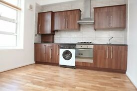 A MODERN 1 BED FLAT IN WHITECHAPEL MINS. FROM STATION