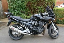 Suzuki Bandit 650 GSF 650SA K6 Gloss Black Excellent Condition. Lots of extras, must see!