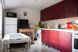 1/2 Bedroom FLAT IDEAL FOR SHARERS in BARNET